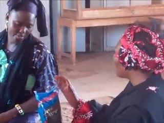 Mali, Yirimadjo - Central: Bednet distribution
