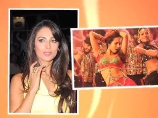 Malaika all set to sizzle in a new item song