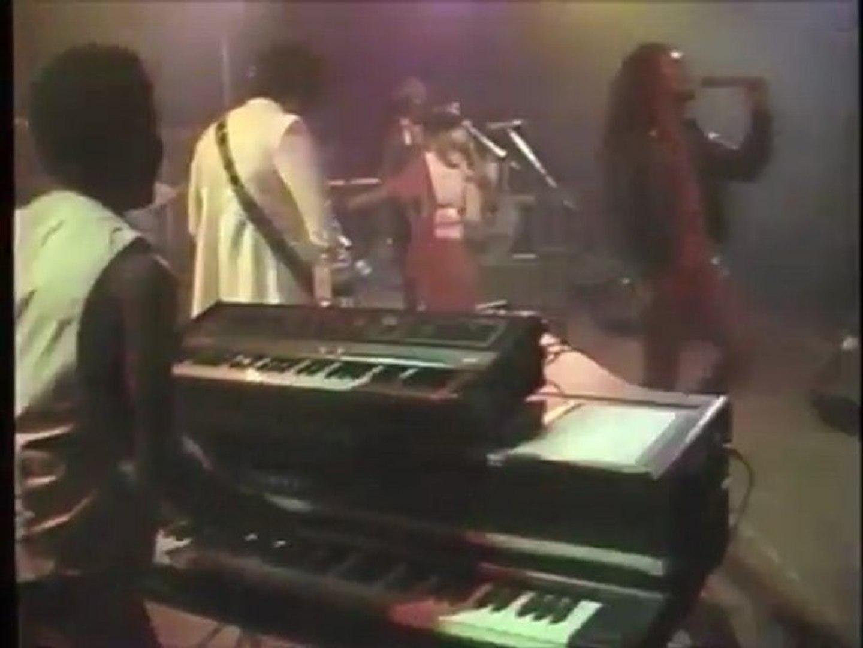 Black Uhuru Tear It Up 1981