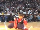 Bboy Junior got moves! Popping and Locking with style