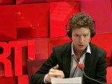"""""""Les Carnets politiques"""" : Sarkozy prend le train, Bayrou peaufine son choix"""
