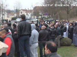 Musulmans debout ! : Mosquée de Pontoise