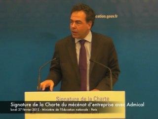 Luc Chatel a signé la Charte du mécénat d'entreprise avec Admical