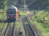 BR185 bei St Augustin Hangelar mit Intermodalzug nach Köln und BR143 mit Dostos nach Bonn Beuel