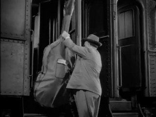 Strangers On A Train (1951) Alfred Hitchcock & the double bass