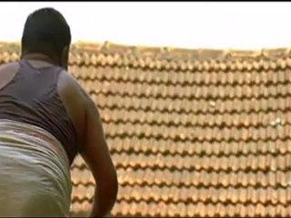 Azhiyilae - Dhaam Dhoom Ayngaran HD