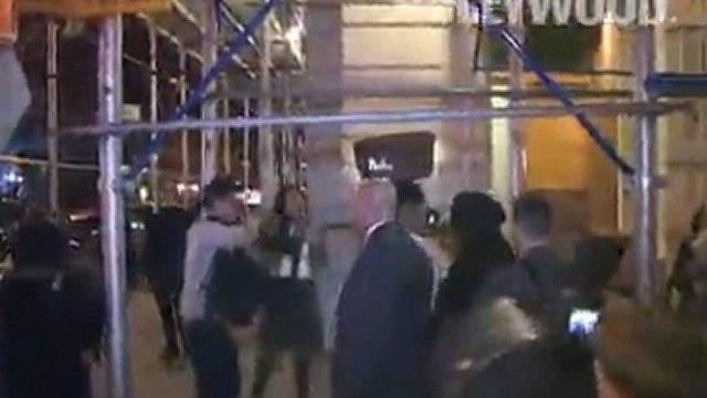 Beyoncé Knowles, Jay-Z, y Solange Knowles vio en la cena después de la fiesta en Manhattan.