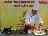 Trứng cuộn hẹ hấp (Vào bếp cùng Sao - số 46) - tapchiamthuc.vn - amthuc.tv