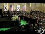 Obama agli studenti sudcoreani: impegno a ridurre armi nucleari. Presidente Usa alla Nordcorea: non si ottiene nulla con minacce