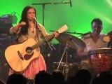 Emel Mathlouthi en concert sur la scène du festival Chorus