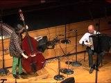 A l'improviste -  Carte blanche à Joëlle Léandre-Joëlle Léandre, contrebasse et Pascal Contet, accordéon