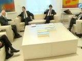 El emisario de Merkel, Volker Kauder, muestra su aprobación a las reformas de Rajoy