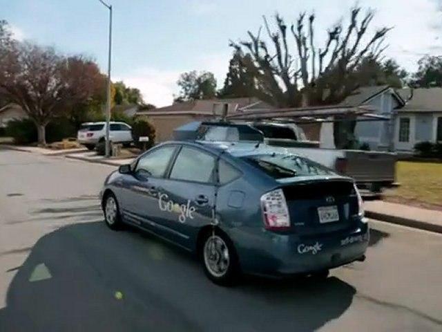 Google Car: Un aveugle teste la voiture autonome