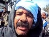 مواطنو أبو طفيلة بالقنطرة يعتصمون أمام المحافظة للمطالبة بالخبز