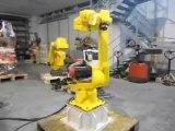 Robot usato Fanuc Arc Mate 120 in fase di revisione
