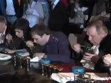 Concours du plus gros mangeur de Caviar Noir en Russie