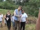 Анджелина Джоли посетила беженцев в Эквадоре