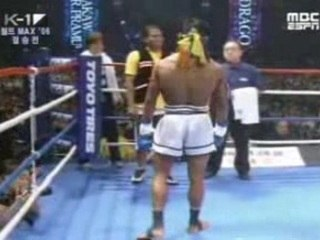 Buakaw vs Drago (full fight)