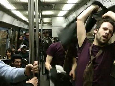 strip de controleur dans le metro