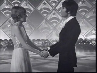 Cilla Black & Cliff Richard - Walk On By/The Look Of Love