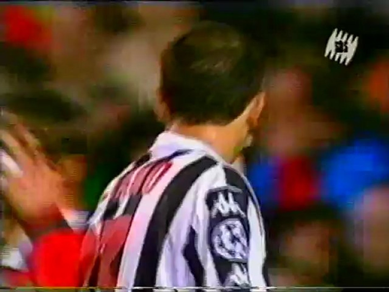 Ювентус- манчестер юнайтед 1999 полуфинал