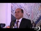 """Bersani: ho detto a Berlusconi di chiamare Pdl """"Viva la mamma"""". Il segretario del Pd scherza e attacca il leader del Pdl"""