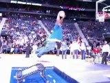 Homme Gros en Trampoline Basket FAIL