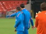 Olanda - Van der Sar lancia Van Persie