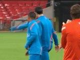 Van Persie one to watch - Van Der Sar