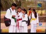 Parvarish Kuch Khatti Kuch Meethi - 8th May Video Pt3