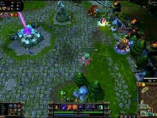 League of Legends - Amumu attrape Pantheon en l'air