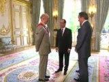 François Hollande reçoit la Grand croix de la Légion d'honneur
