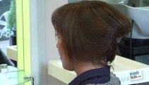 Chignon avec des cheveux courts