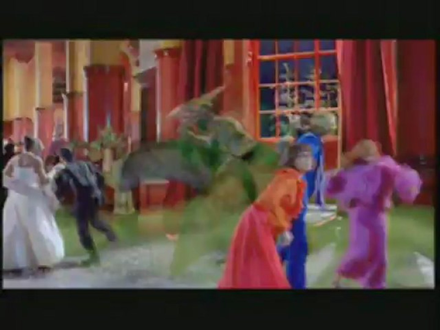 Scooby Doo 2 Monsters Unleashed Clip There Is An Unidentified Freaky Object In Here Video Dailymotion