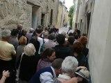 Ambiance de rue dans Saint Quentin musique, chants et danse avec Maria Kriva