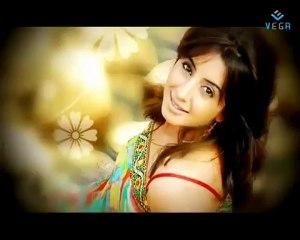 Hot Makeup And A Hotter Sanjjanaa
