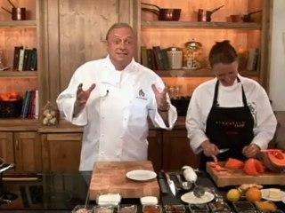 Alfons Schuhbeck kocht Kürbissuppe mit roten Bohnen auf www.321kochen.tv