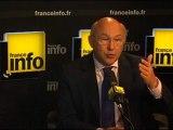 """Michel Sapin et le chômage : """"Il y a urgence"""""""