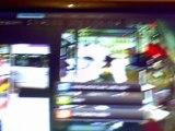 L'arrestation de Luka Rocco Magnotta filmée par des caméras de surveillance
