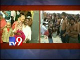 Tonsured Tirumala devotees unable to bathe due to water scarcity