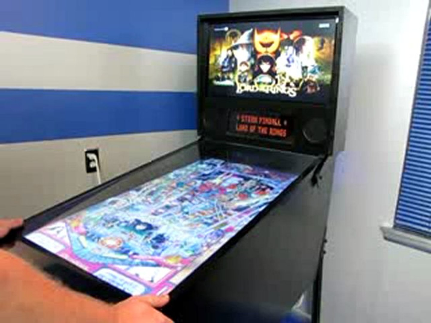 Playing LotR on our virtual Pinball table - video dailymotion