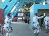 Çin ilk kadın astronotunu uzaya gönderdi