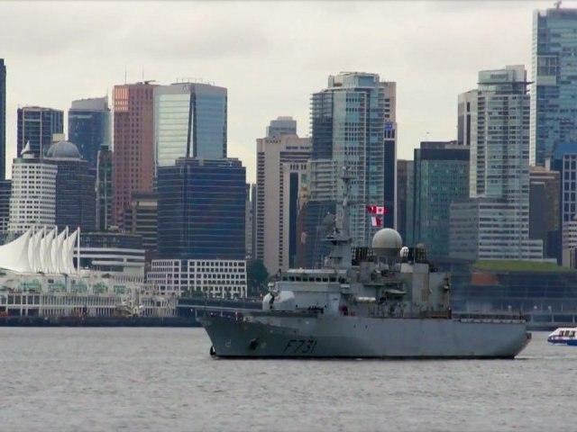 Arrivée de la frégate Prairial à Vancouver (2012)