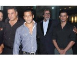 Salman Khan Amitabh Bachchan Parties With The Stars Of Ferrari Ki Sawaari - Bollywood Time