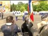 Hommage de Manuel Valls aux gendarmes tuées dans le Var