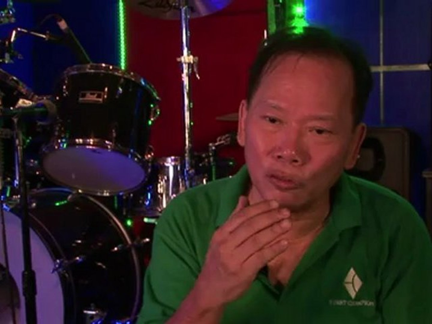 Philippines' musicians sing their way out of poverty