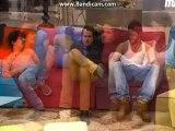 Dani, Pepe y Aless hablando de Marta
