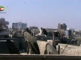 Syria فري برس هااااااام لحظة سقوط  الصاروخ على احد منازل المدنيين حمص حي جرة الشياح 24 6 2012 من كميرا البث المباشر Homs