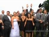 Platsch! - Hochzeitsgesellschaft fällt ins Wasser