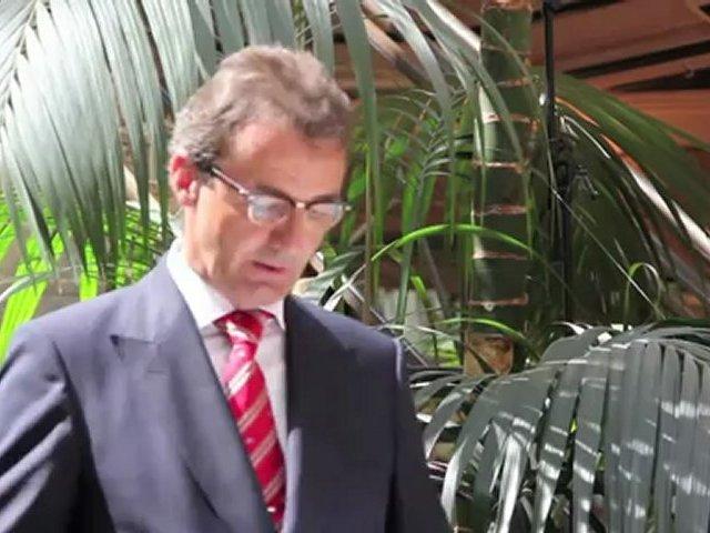 Besondere Uhren: Juwelier Fridrich präsentiert Sonderedition Nomos Ludwig für Ludwig II